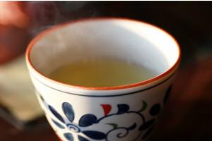糖分の吸収をサポートする「お茶」が1番!